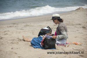 Jolanda-Pikkaart-Schrijven-aan-zee-